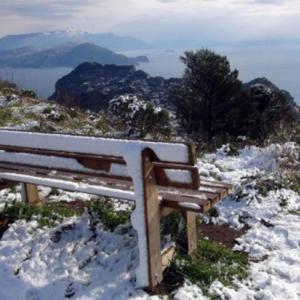 【夜カノ】  君が微笑んで淡い雪のように恋は終わる