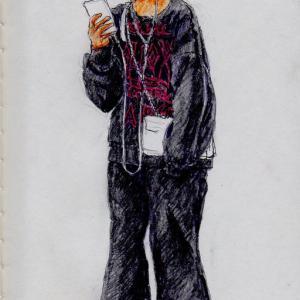 黒い服のお姉さん(上海の地下鉄でスケッチ)