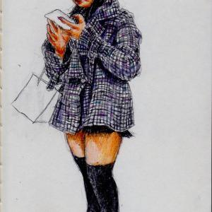 グレーのコートのお姉さん(上海の地下鉄でスケッチ)