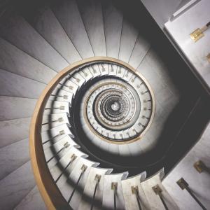 人生は螺旋階段