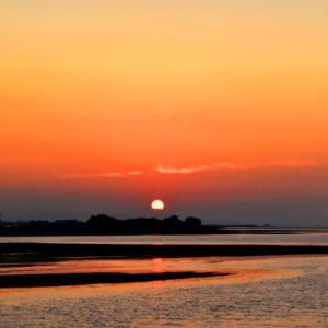 桂川河口の今日の夕景です。