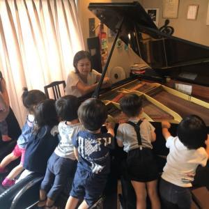 電子ピアノの方のレッスンをしない理由は??