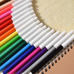 どう訳す?「これはペンです」から広がるThis is a pen.の華やかな和訳の世界