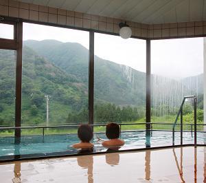 出羽三山神社で12年分の御利益を頂き、極楽の温泉で癒され、最後には満腹になる超お薦めコース