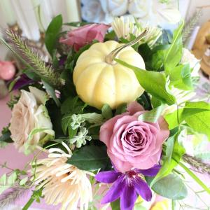 季節のイベントを取り入れたレッスン~ハロウィン~【フラワーアレンジメント教室神戸市】
