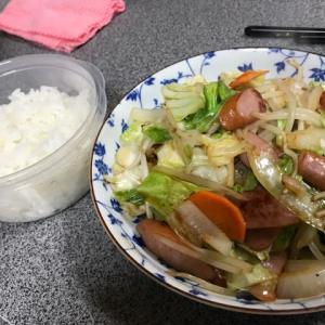 シャウエッセン野菜炒め