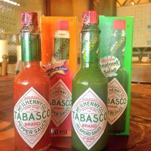 タバスコのハラペーニョソース(緑色)と赤色の違い