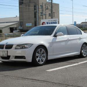 エンジン内部のカーボン落とし..BMW E90 スナッポン ドクターカーボン