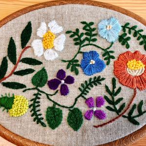 花の刺繍枠完成^_^
