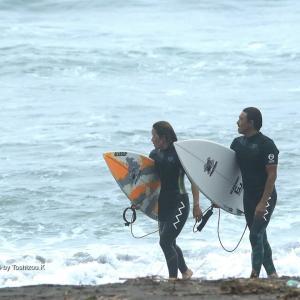 今日のサーフィンセッション&、ドキドキのマルキでスクールできたぁー♫