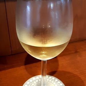 夏は冷やした白ワイン