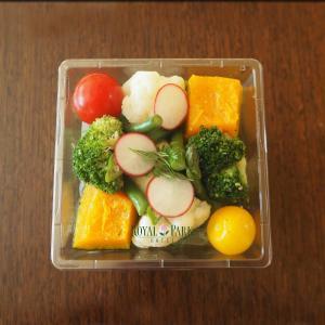外出自粛のお昼はサラダでどうよ