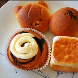 人形町のオリミネベーカーズのパン