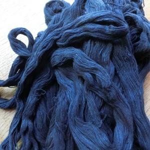刺し子織りか、摸紗織りか。悩む