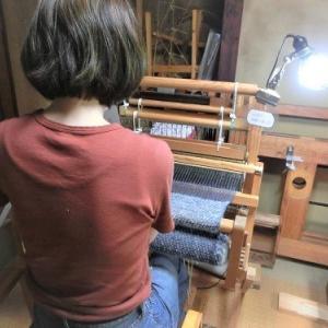 プチアトリエでショール~がんばって2m以上織りました~