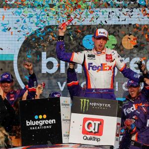 【NASCAR】第35戦:トヨタは3台が王座獲得権確保。マニュファクチャラーズタイトルはトヨタに
