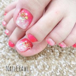 ピンクとホワイトラメ2色グラデ ペディキュア