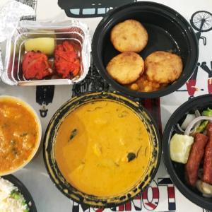 ★コロナウィルス蔓延中の自宅待機生活★インド料理のデリバリー