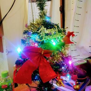 クリスマスツリー飾りました!