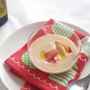 桃と生ハムの冷製スープ