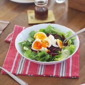 美肌をつくるビーツと卵のサラダ