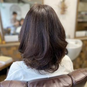 #若く見えるヘアスタイルの秘訣!