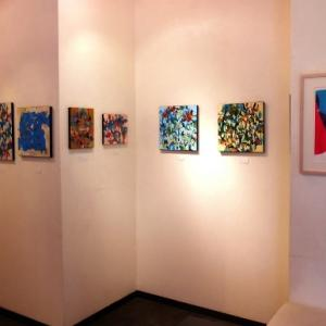 色彩のハーモニーを感じられる美しい抽象作品展です…市川友佳子個展・星のはじまり
