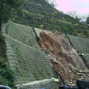 三徳山で災害復旧関連工事