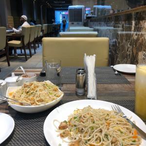 独りで遅い昼食@バンガロール