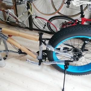 楽しそうな自転車組み立て...調整が難しい
