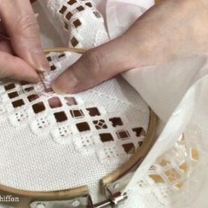 完成 手づくり手帖 ハーダンガー刺繍のコースター