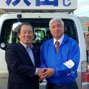 菅官房長官が高知に来られると言うので、2ヶ所で応援演説を聴いてきました。