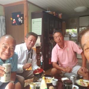 一年に一度、若ちゃん(若藤物流社長)の実家近くで涼しい、愛媛県の中央部、久万高原Cで行う三好合宿。