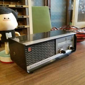 昭和レトロなトランジスタラジオ ナショナル『パナペット7』