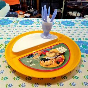 レトロポップなフルーツクックテーブル&姫フォークスタンド