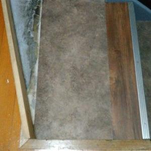 フローリングシートで玄関DIY
