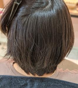 ショートヘアの縮毛矯正でもかわいくなります