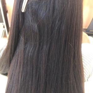 ダメージ毛の毛先に酸熱トリートメント+縮毛矯正