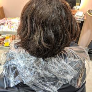 縮毛矯正やパーマとカラーの同日施術