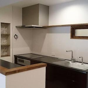 【築48年マンション】キッチンはかっこよく!