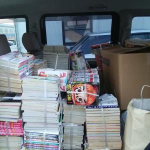 ワンピース、キングダムなど、人気漫画大量入荷!