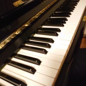 親子でピアノ連弾に挑戦!