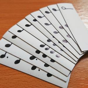 手作り音符カード。大好評?!