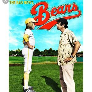 野球好きなオジサンが思わず声かけるTシャツ着る息子。