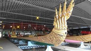 「王室御座船パレード」が12月12日に延期に(バンコク)