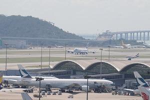 香港、海外からの入境規制は9月18日まで延長