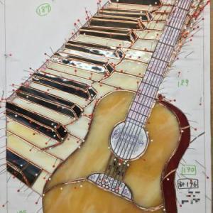 ギターに使ったガラス