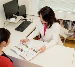 カナダ留学で、有給インターンシップの手配を100%してくれる、バンウエストカレッジ専門学校です。