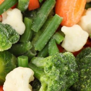 冷凍野菜と缶詰野菜。どっちが栄養たくさん含まれている?