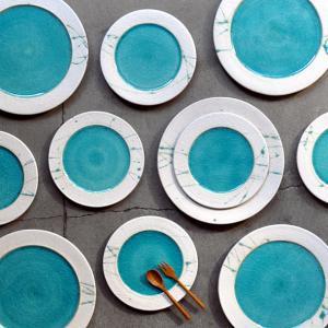 市野健太さんのリム皿とリム鉢が再入荷いたしました。